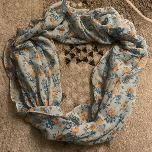 Accessories - Floral infinity Scarf